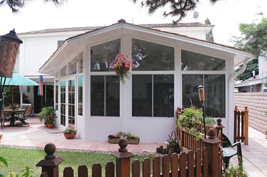 Sunrooms garden rooms and garden room additions for Garden room additions
